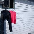 亨先生泡水的牛仔褲和我的小外套