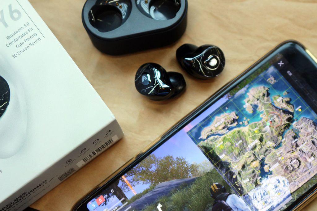 OMIX Y6 真無線半入耳式藍牙耳機.jpg