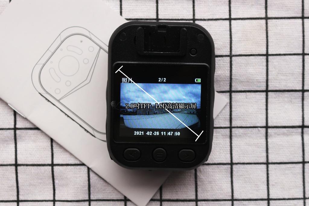 HD90密錄器-顯示屏.jpg