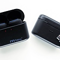 m-toy MS6T無線雙耳藍芽耳機-充電盒.jpg