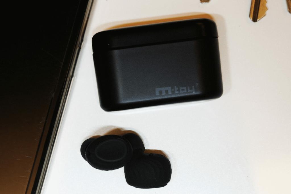 m-toy MS6T無線雙耳藍芽耳機.jpg
