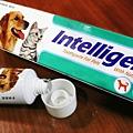 INTELLIGENT因特力淨寵物酵素牙膏-包裝.jpg