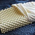 泰國100純天然乳膠乳枕.jpg