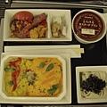 110903-23-飛機餐.JPG