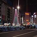 111113-21-池袋東口燈飾.JPG