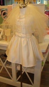 小朋友的婚紗