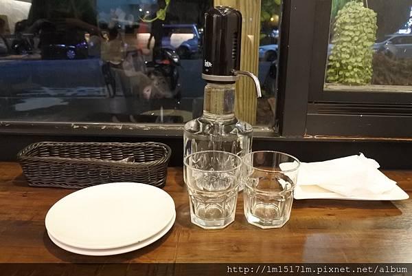 二驢餐酒館 (7).jpg