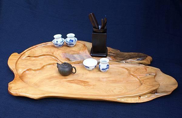 頂級黃檜茶盤 ~ 味道很香