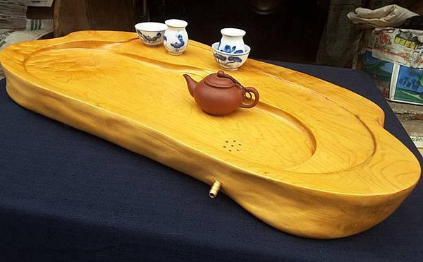cc800【阿里山小姑娘】台灣黃檜茶盤,重量約 5400公克