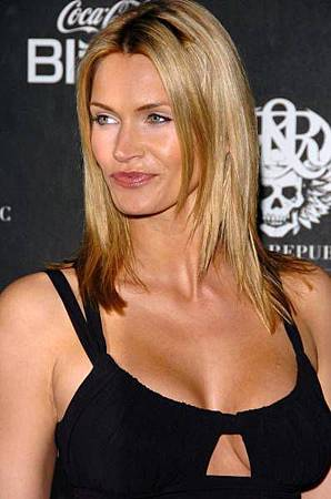 Natasha henstridge species 2 - 1 part 9