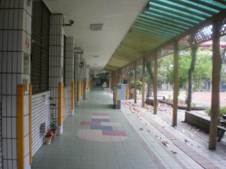 15-2龜山國小校舍之一.JPG