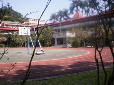 19校園一景.JPG