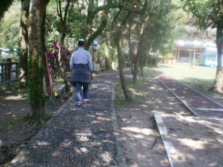 22校園步道.JPG