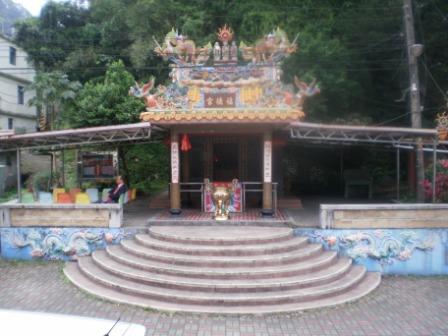 30-1龜山居民的信仰中心也是龜山唯一的土地廟.JPG