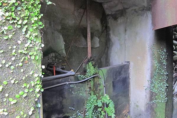 水閘門已腐蝕 (1)