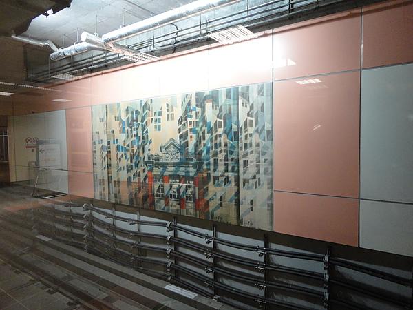 大橋頭站月台層的壁畫
