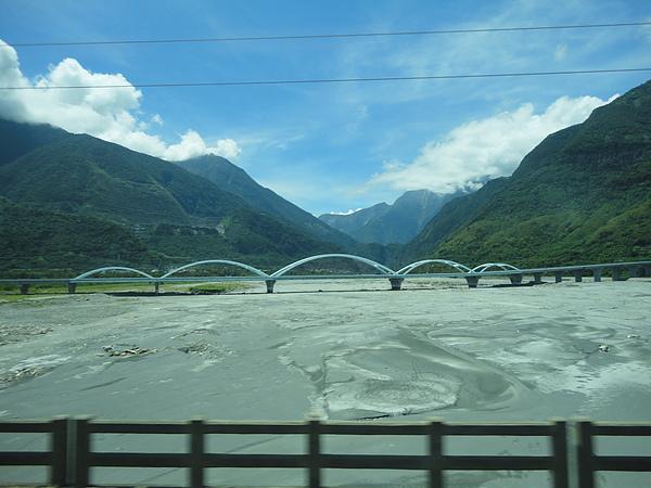 台9線太魯閣大橋及立霧溪