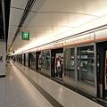 香港站東涌線月台