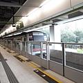 列車駛離柴灣站