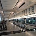 機場站月台(2)