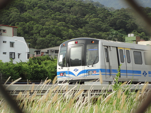 381型列車車頭(1)
