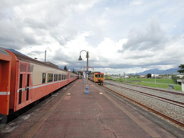關山站的月台(2)