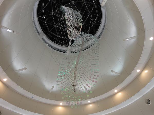 蘆洲站最具代表性的公共藝術《舞之羽》(3)