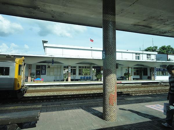 在玉里站遇見光華號列車(3)