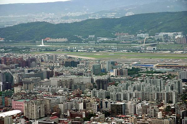 松山機場和大直橋