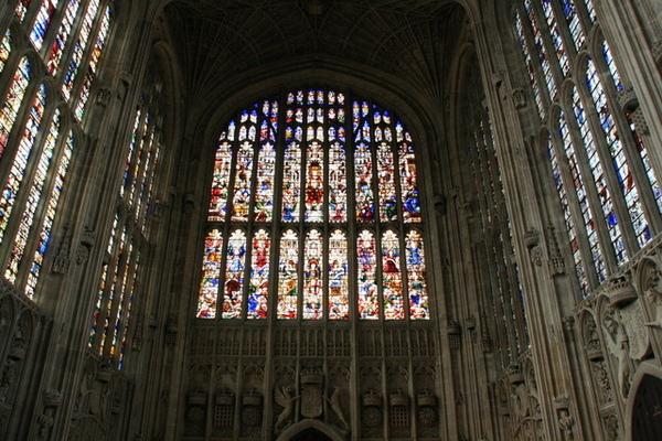 從1446年花費70年興建,經歷四代國王,象徵劍橋的壯麗建築