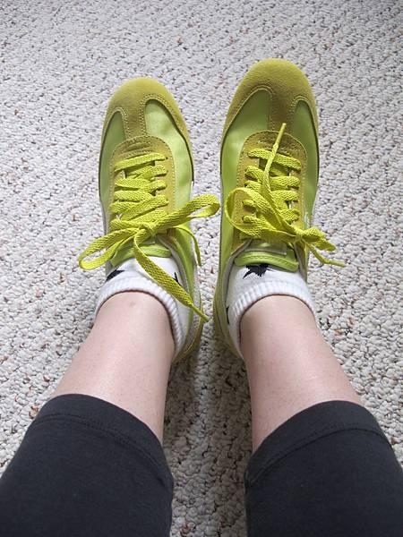 螢光黃 Puma 坡跟運動鞋