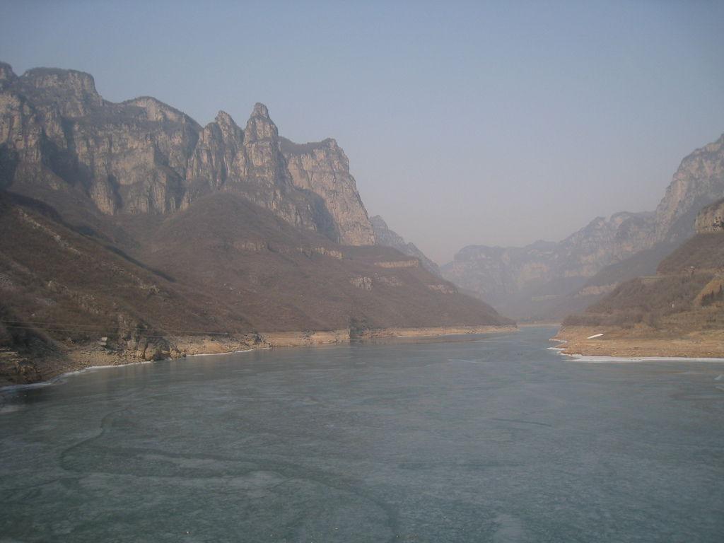 雲台山湖面