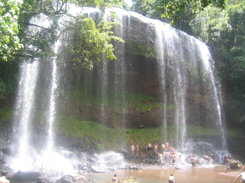 Ngardmau Waterfall 天使瀑布