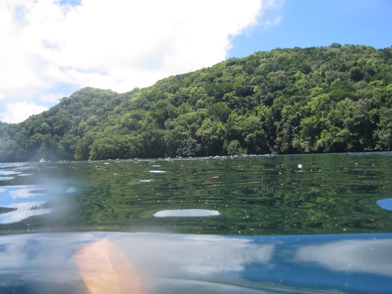 洛克群島 - 水母湖
