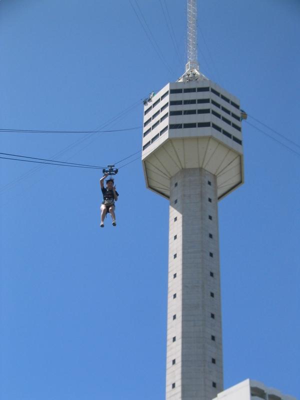 Pattaya Park 高樓滑降