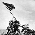 美軍折缽山頂揚旗