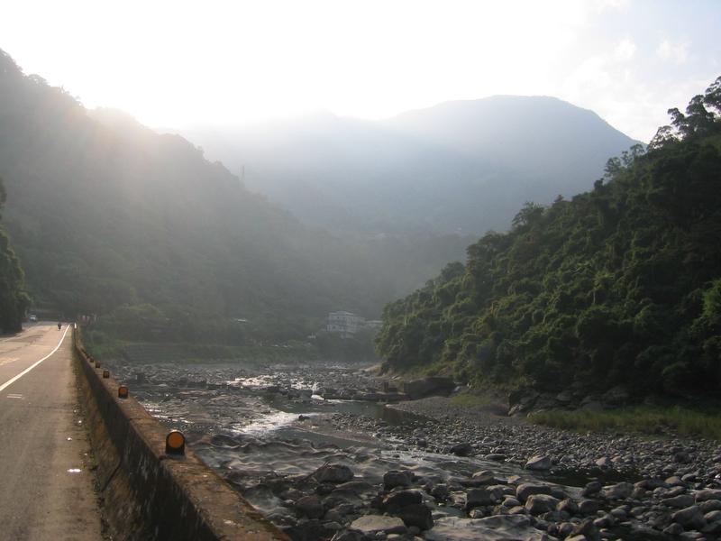 南勢溪河谷
