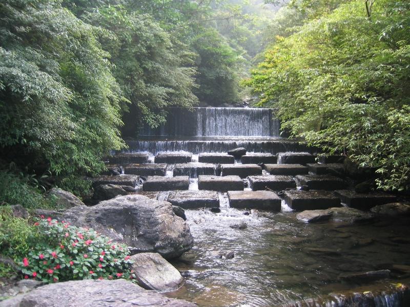桶後溪支流攔砂壩