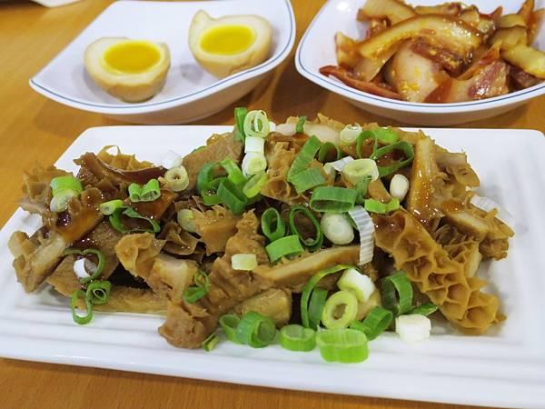 龍記牛肉麵15.JPG