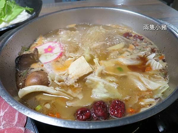 饗樂shabu精緻鍋品21.jpg