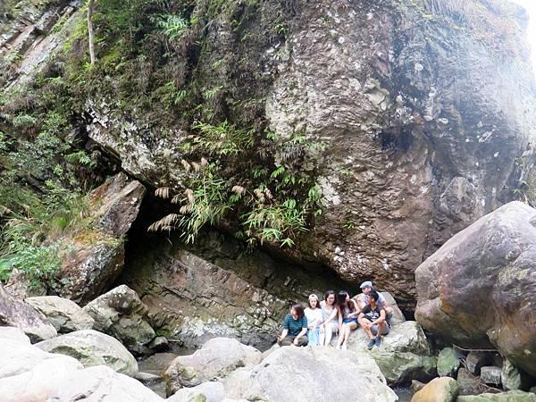 猴洞坑瀑布12.jpg