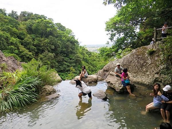 猴洞坑瀑布13.jpg