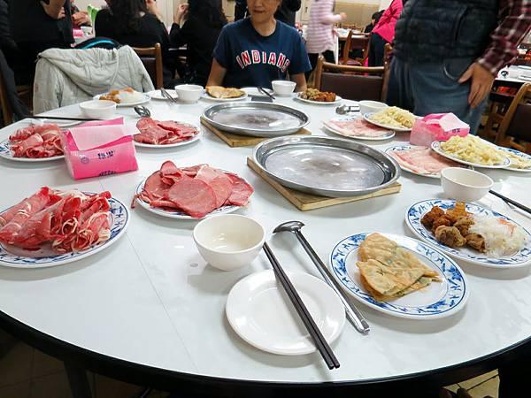 台電勵進餐廳_酸菜白肉鍋吃到飽 (8).jpg