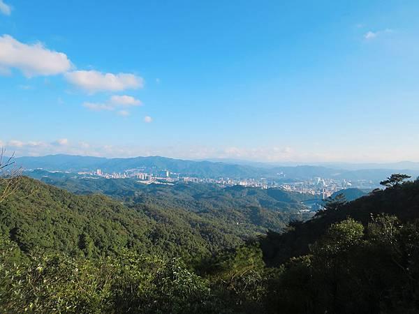 龍船岩 (23).jpg