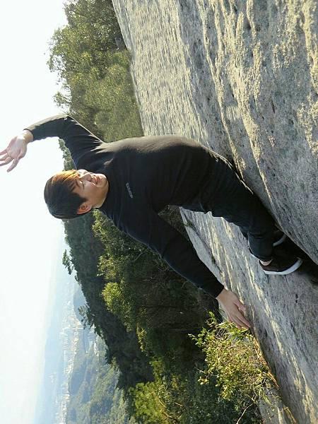龍船岩 (2).jpeg