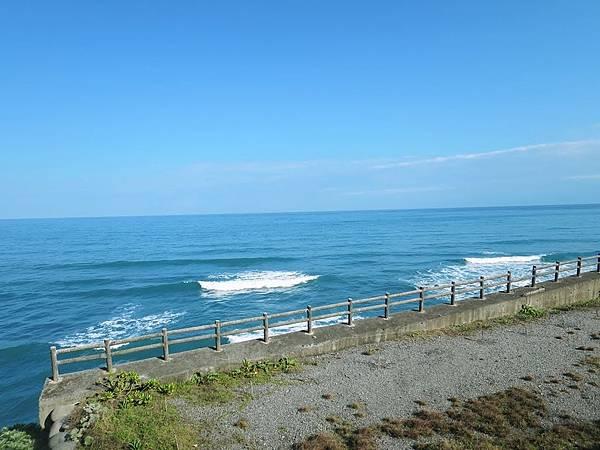 來去海邊玉石咖啡民宿 (2).jpg