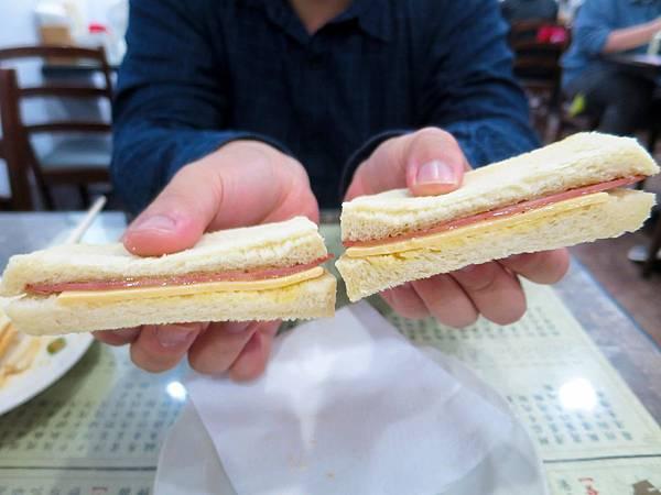 鑫華茶餐廳 (8).jpg