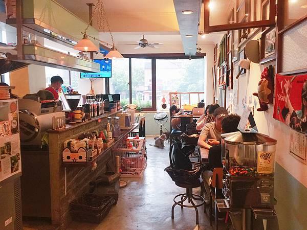 MinouMinou Cafe (13).JPG