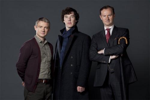 Sherlock-bbc-mycroft-holmes-28837358-500-333