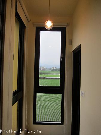 宜蘭橙色民宿二樓(2人房)